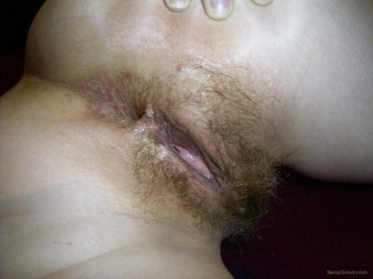 Shaved pussy getting fingered