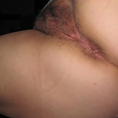 Lovely Hairy Pussy Would Taste Amazing