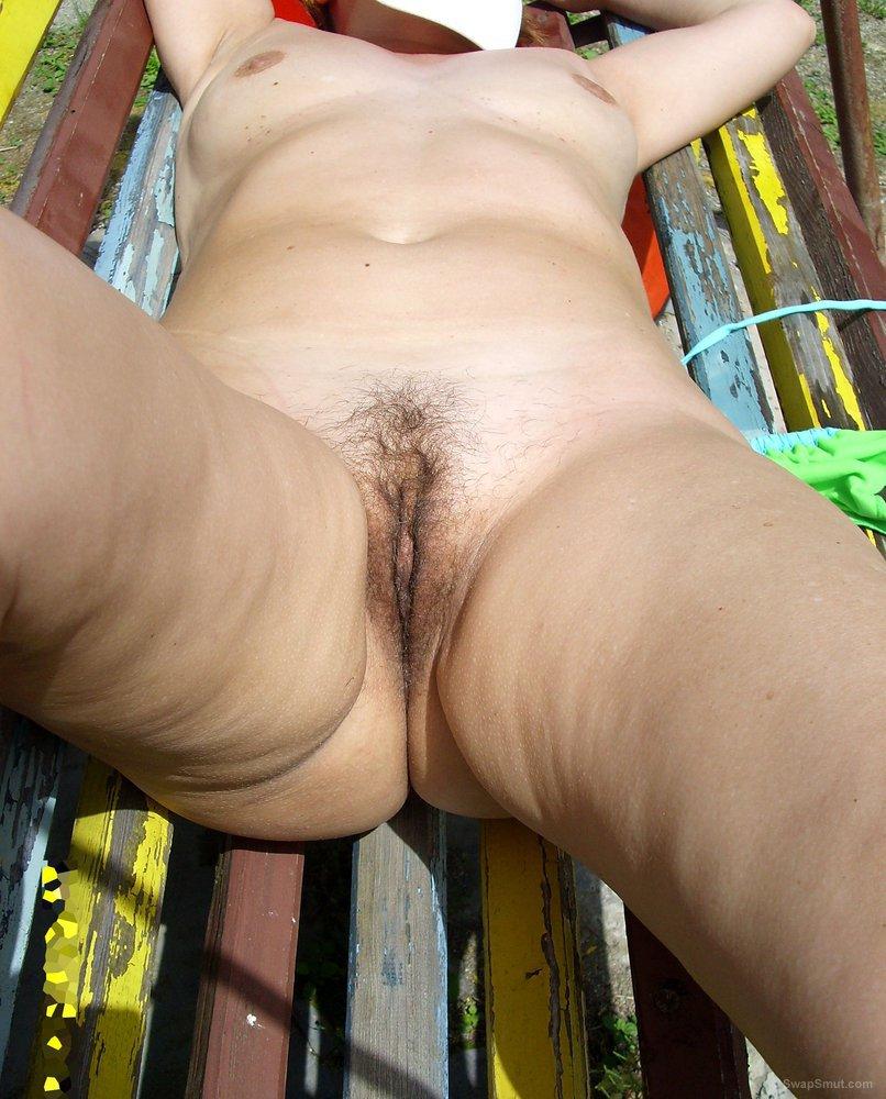 nude hairy pussy sunbathers