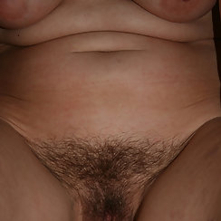 Hot BBW Shows Hairy Pussy