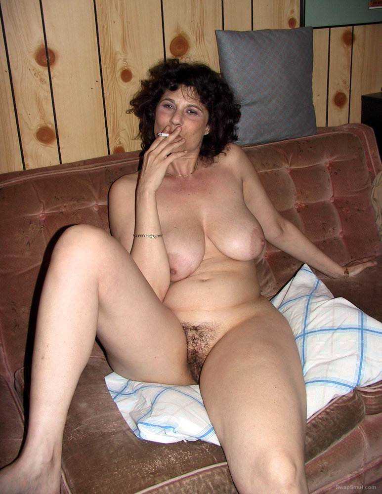 Gorgeous MILF Smokes And Shows Her Pussy