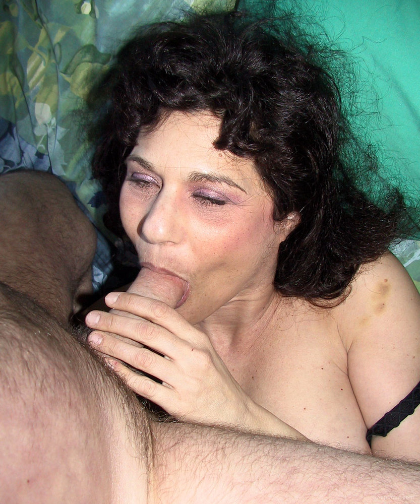 Horny Slut Wants To Get Fucked And Show Off Her Hairy Pussy