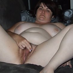 BBW Spreads Her Pussy And Shows Us Just How Hairy It Is