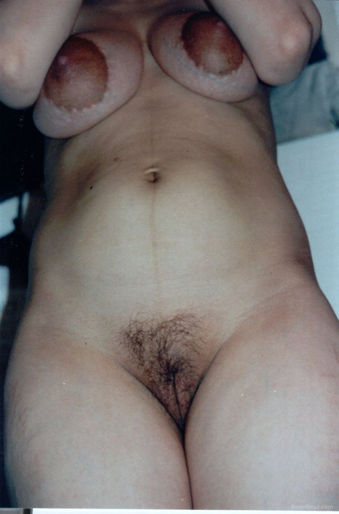 Pregnant Babe With Big Nipples Has Super Hairy Bush