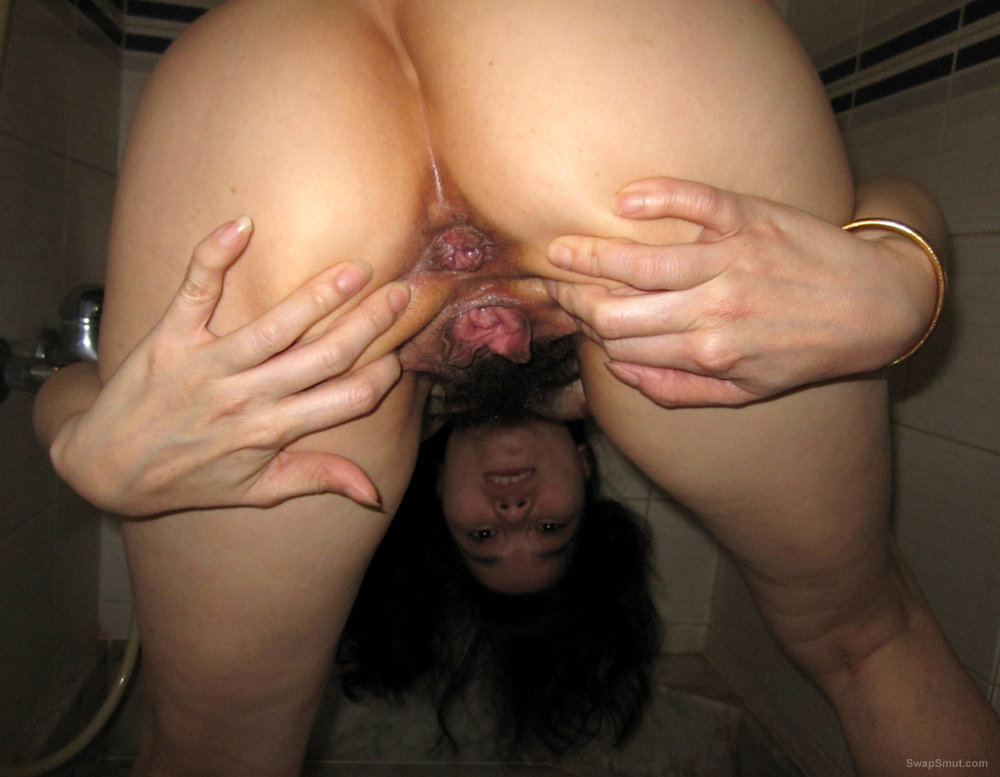 Asian Girl On Toilet Shows Hairy Pussy