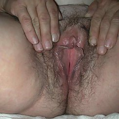 BBW With Big Tits And Hairy Pussy Masturbates