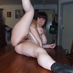 Dark Haired BBW Enjoys Spreading Her Hairy Pussy