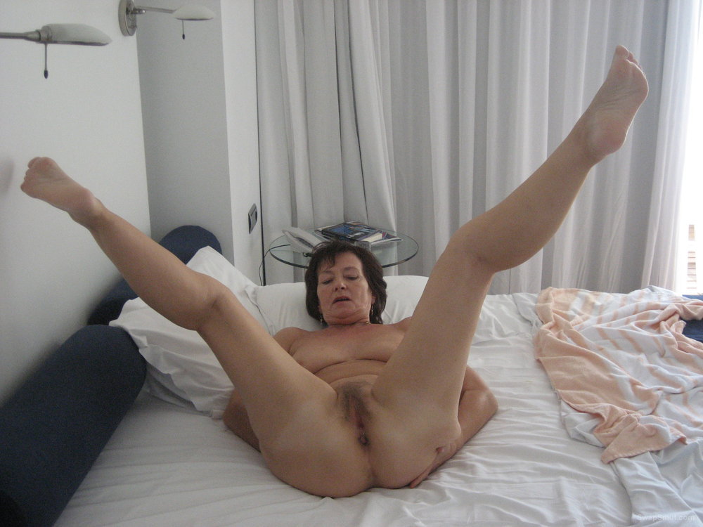 Joelle showed pussy — img 15