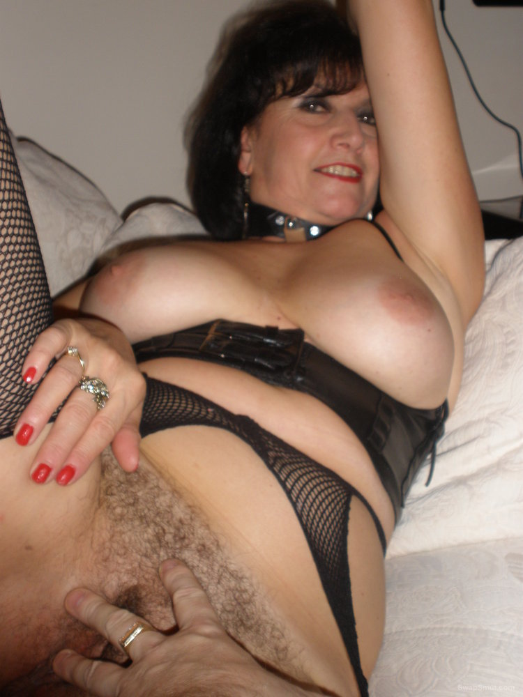 Brunette Babe Shows Very Hairy Pussy